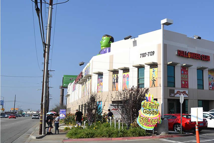 halloween club super store in montebello california map